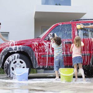 niños listos para lavar